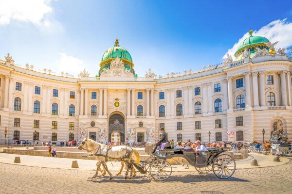 Österreich Wien Hofburg Kutsche