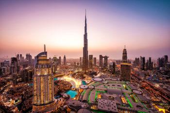 Luxus-Urlaub in Dubai: 7 Tage im TOP 5* Hilton Hotel mit Flug, Transfer & Zug für 478€