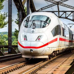 Flugtickets werden Zugtickets: Deutsche Bahn unterstützt Rückholaktion für Urlauber