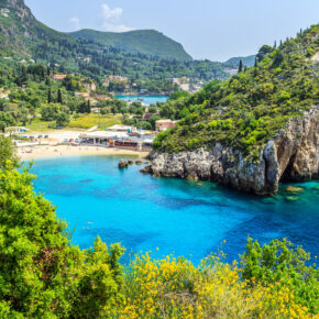 Last Minute: 7 Tage Korfu im TOP 3* Strandhotel mit All Inclusive, Flug & Transfer nur 417€