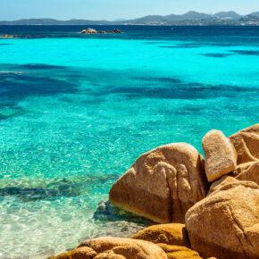 Vielfältiges Sardinien: 8 Tage mit eigenem Apartment in Strandnähe & Flug nur 89€
