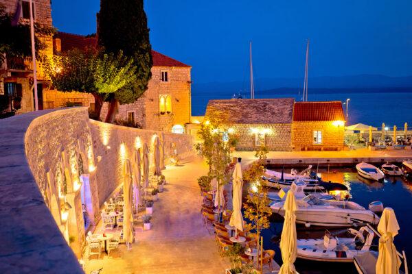 Kroatien Brac Bol Hafen