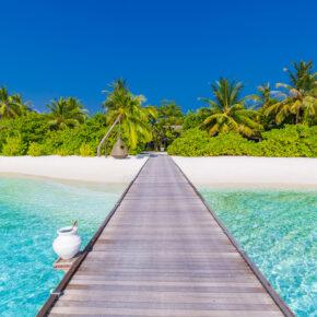 Malediven-Traum: 13 Tage im TOP 4* Hotel mit Vollpension, Meerblick, Flug & Transfer nur 1693€