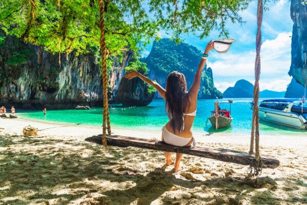 Thailand Krabi Schaukel Bikini