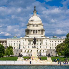 USA Washington DC Kapitol Wasser
