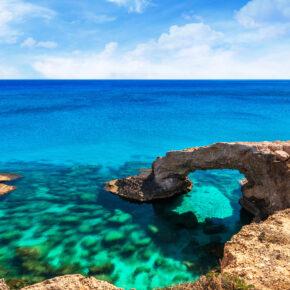 Krass günstig nach Zypern: 4 Tage im 3.5* Hotel mit Flug im Sommer nur 85€