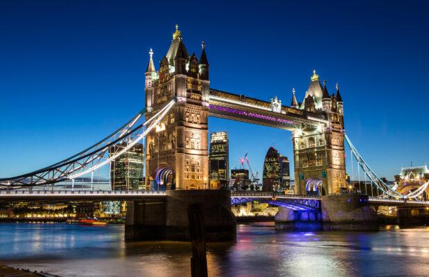 Großbritannien London Tower Bridge Lichter