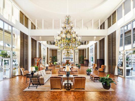Hawaii Hakahala Hotel