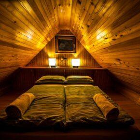 Hirtenhütte Slowenien Schlafzimmer