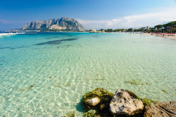Italien Sizilien Mondello Strand
