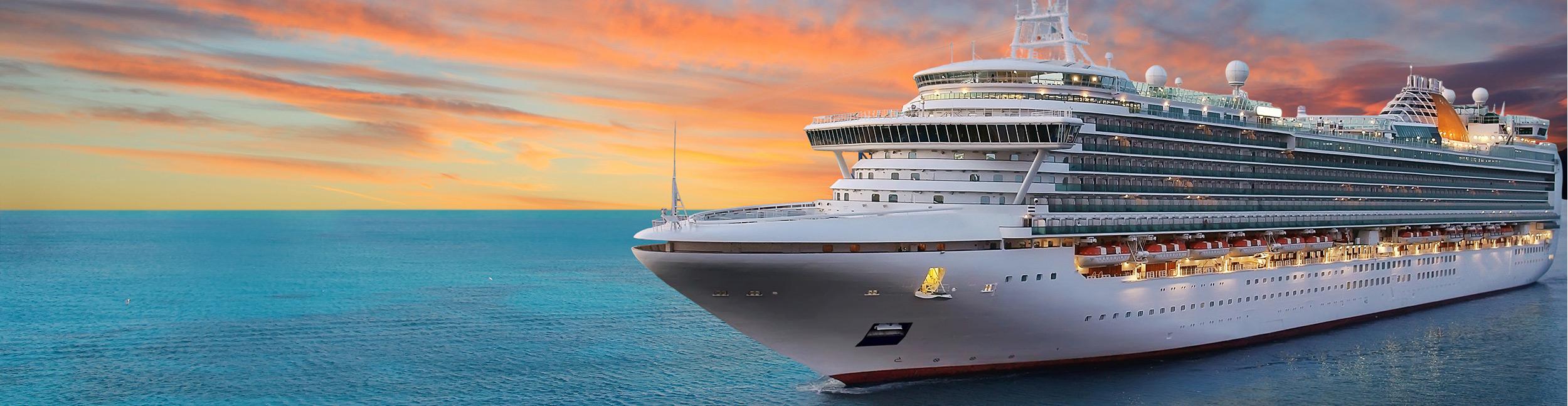 Kreuzfahrt Schiff Meer Luxus Panorama