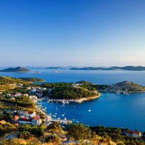 Kroatien: 7 Tage auf der Insel Brac im TOP 3* Hotel mit All Inclusive & Flug nur 326€