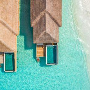 Luxus pur: 10 Tage Malediven in TOP 5* Wasser-Villa mit All Inclusive Soft, Flug & Transfer für 2.791€