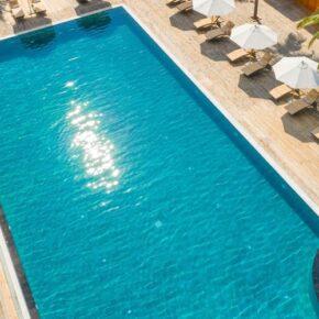 Kudafushi Resort Pool2