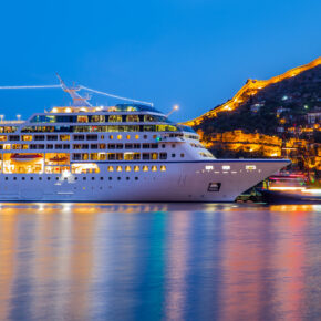 Luxus Kreuzfahrt Schiff