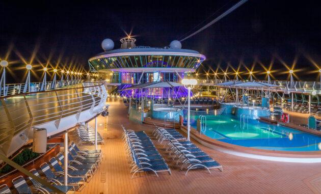 Luxus Kreuzfahrt Schiff Pool
