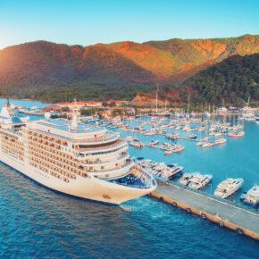Mittelmeer-Kreuzfahrt im Sommer: 8 Tage auf der Costa Fortuna mit Vollpension nur 444€