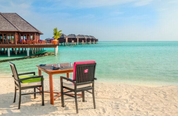 Malediven Tisch am Strand
