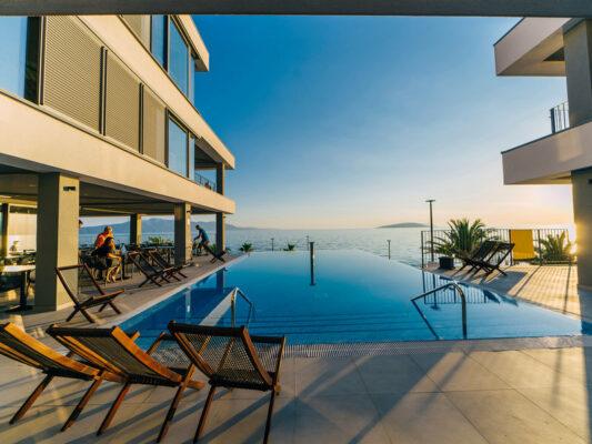 Morenia Pool 2