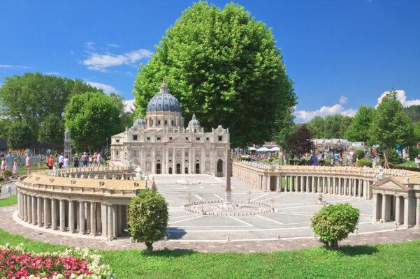 Österreich Klagenfurt St Peters Basilica