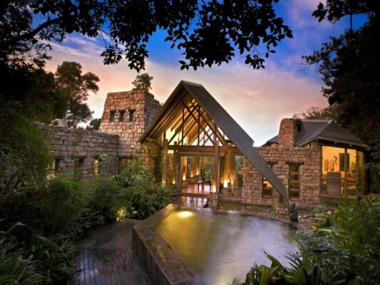 Tsala Treetop Lodge aussen