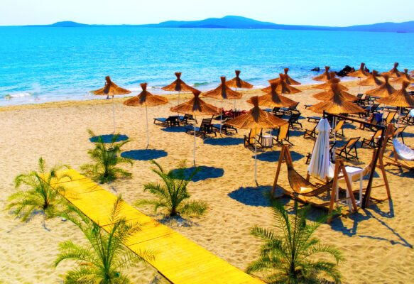Bulgarien Beach Straw Umbrellas
