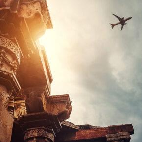 Indien Delhi Tempel Flugzeug