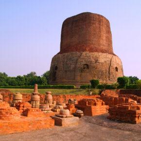 Indien Varanasi Panchaytan Ruinen