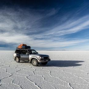 Bolivien Salzwüste Auto