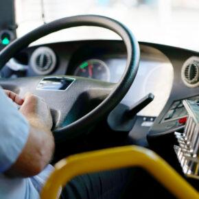 Fernbus Vergleich: FlixBus, IC Bus, Pinkbus & BlaBlaBus