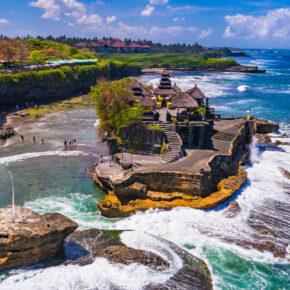 Traumurlaub: 15 Tage auf Bali im tollen 4* Hotel mit Rooftop Pool & Flug nur 597€