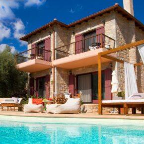 Griechenland Luxus: 8 Tage Ferienvilla auf Lefkada mit Pool & Meerblick ab 154€ p.P.