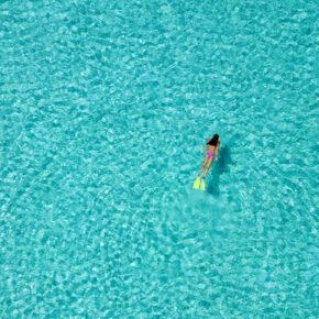 Malediven Luxus Urlaub: 8 Tage in 5* Hotel All Inclusive inkl. Flug, Transfer & Zug für 3.834€