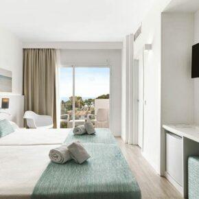 Sonne auf Mallorca: 4 Tage im TOP 4* Hotel in Playa de Muro mit All Inclusive & Flug nur 185€
