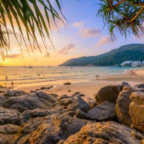 Thailand Kracher: 10 Tage Phuket mit 3* Hotel & Flug für 350€