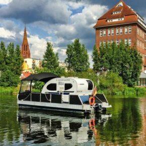 Außergewöhnlich: 6 Tage mit eigenem Watercamper auf der Mecklenburgischen Seenplatte ab 370€ p.P.