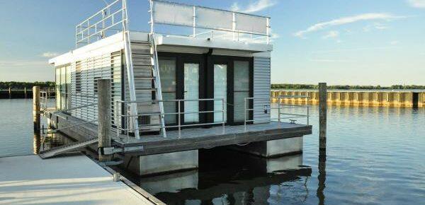 Hausboot Ribnitz-Damgarten
