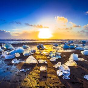 Faszinierendes Island: 4 Tage mit 4* Hotel, Frühstück, Game of Thrones- & Nordlichter-Tour nur 597€