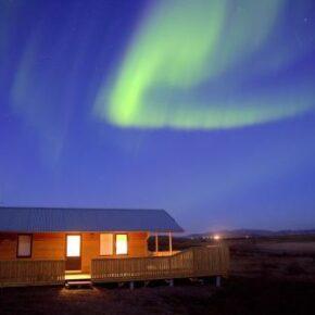 Langes Wochenende Island: 4 Tage im Ferienhaus unter den Polarlichtern mit Jacuzzi nur 109€ p.P.