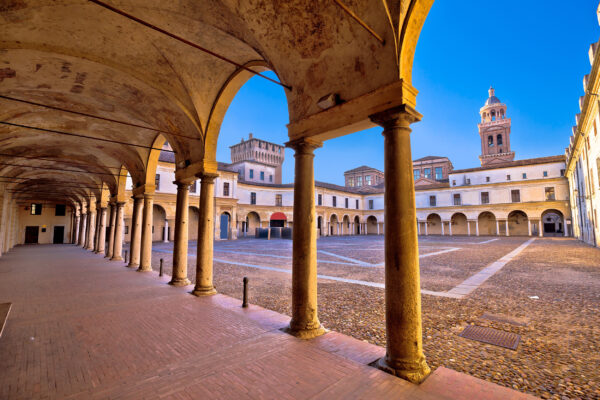 Italien Mantova Piazza Castello
