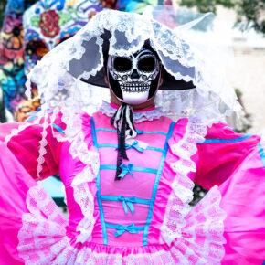 Día de Muertos: Hin- & Rückflug nach Mexiko zum Tag der Toten nur 481€