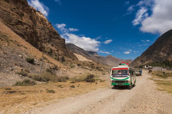Nepal Annapurna Bus