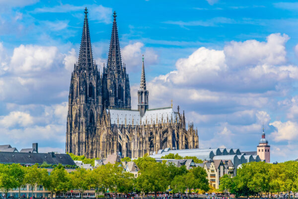 Deutschland Köln Dom von weitem