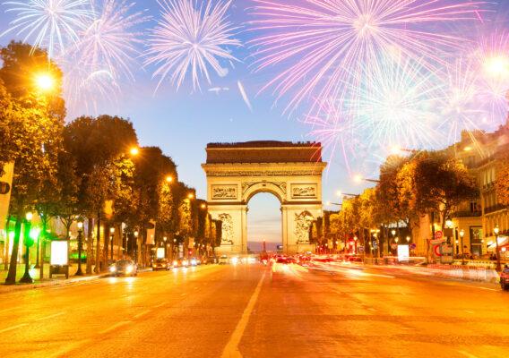 Frankreich Paris Arc de Triomphe Silvester