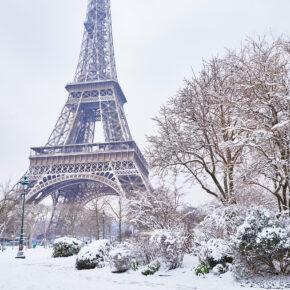 Frankreich Paris Eiffelturm Schnee