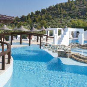 Griechenland: 6 Tage Chalkidiki im TOP 5* Luxus-Hotel mit Vollpension & Flug nur 248€