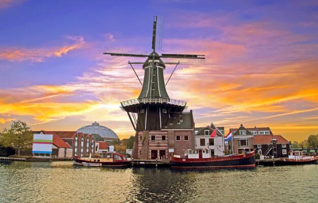 Niederlande Haarlem Molen de Adriaan