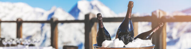 Skiurlaub Luxus Champagner Panorama skaliert