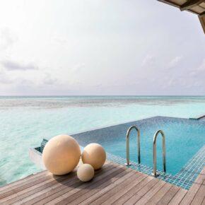 Club Med Finolhu Pool