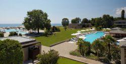Griechenland: 6 Tage im tollen 5* Hotel mit Halbpension, Massage, Wein & Flug nur 302€